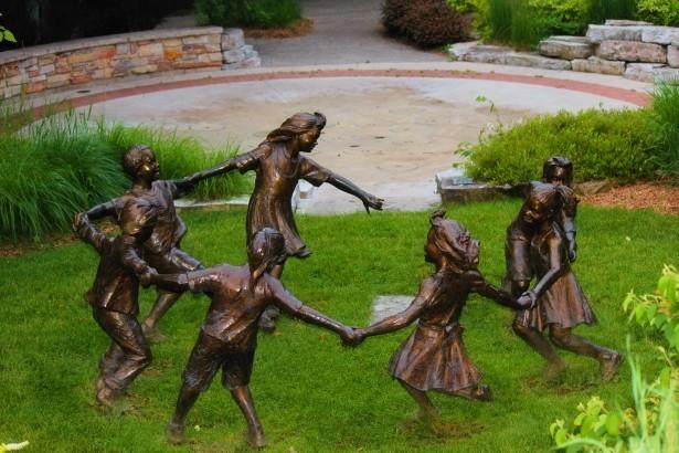 bronze children statues - PD